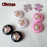 CONTACT LENS CASE PEARL AND CAT TRAVEL BOX CB0742